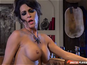 Halloween special with cool Jessica Jaymes tonguing her prize