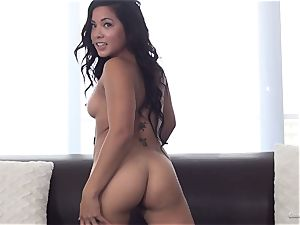 Morgan Lee rides boner like a pro at her audition