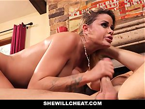 cheating husband observes Wifes puss Get wrecked