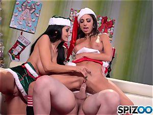Spizoo - Ava Addams and Trinity romps Santa's big meatpipe