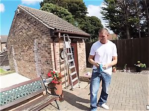 Window cleaner penetrates mind-blowing Carla Cox
