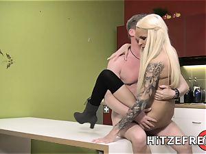 HITZEFREI wondrous platinum-blonde mummy humped in the kitchen