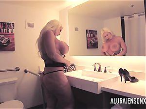 meaty breast blonde Alura Jenson poking a jumpy client