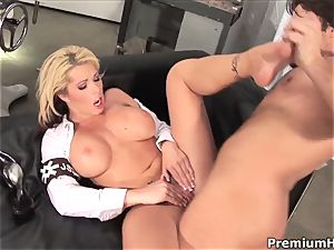 talkative Brooke Haven gets screwed up her rosy coochie