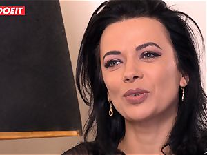 LETSDOEIT - Romanian sweetheart Creamed By a French rod