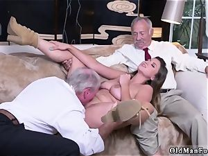 father buddy s associate fledgling hard-core Ivy amazes with her meaty jugs and butt