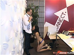 Ariana Marie at her daddys work getting torn up in his office