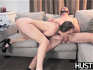 tatted babe Natasha Starr analled rock-hard by sisters bf