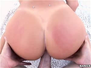 August Ames taking a giant man sausage in her muddy pussy