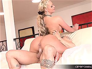 Airerose light-haired with milk cans and booty