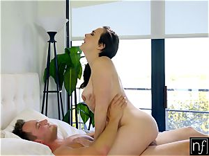 Sleeping Chanel Preston Wakes Up To steaming orgy S4:E5